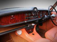 1968 Jaguar 420 by Carbon Motors