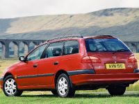 2000 Toyota Avensis