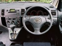 2002 Toyota Corolla Verso