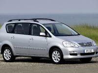 2004 Toyota Avensis Verso