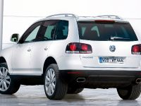 2007 Volkswagen Touareg Blue TDI