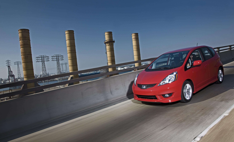 Все-Новый 2009 Honda Fit Большой на стиль и утонченность, небольших на цена и расход топлива - фотография №7