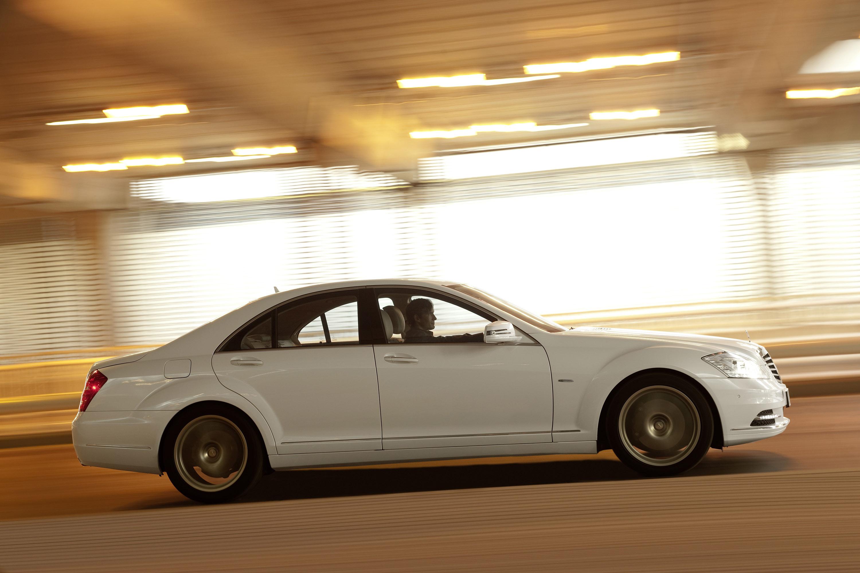 2009 Mercedes-Benz S-Class - фотография №1