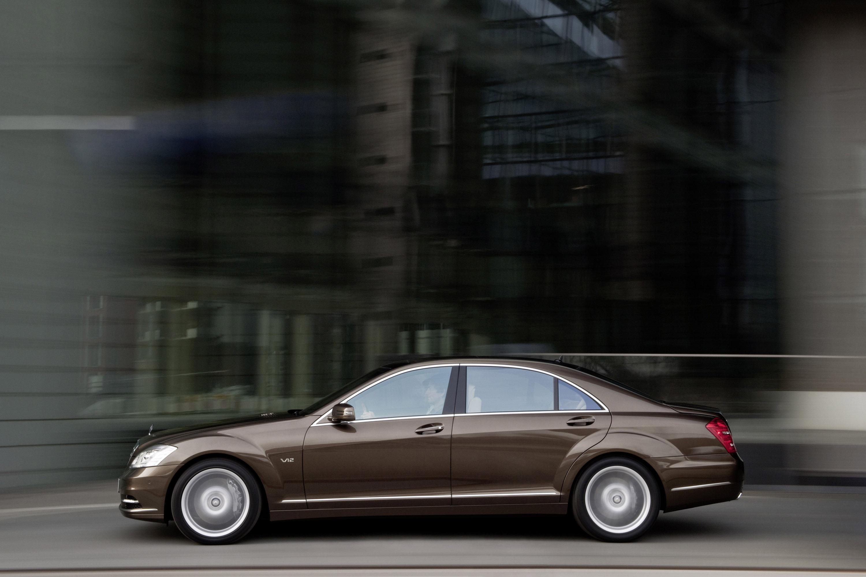 2009 Mercedes-Benz S-Class - фотография №4