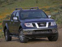 thumbs Nissan Frontier 2009