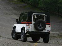 2010 Aznom Land Rover