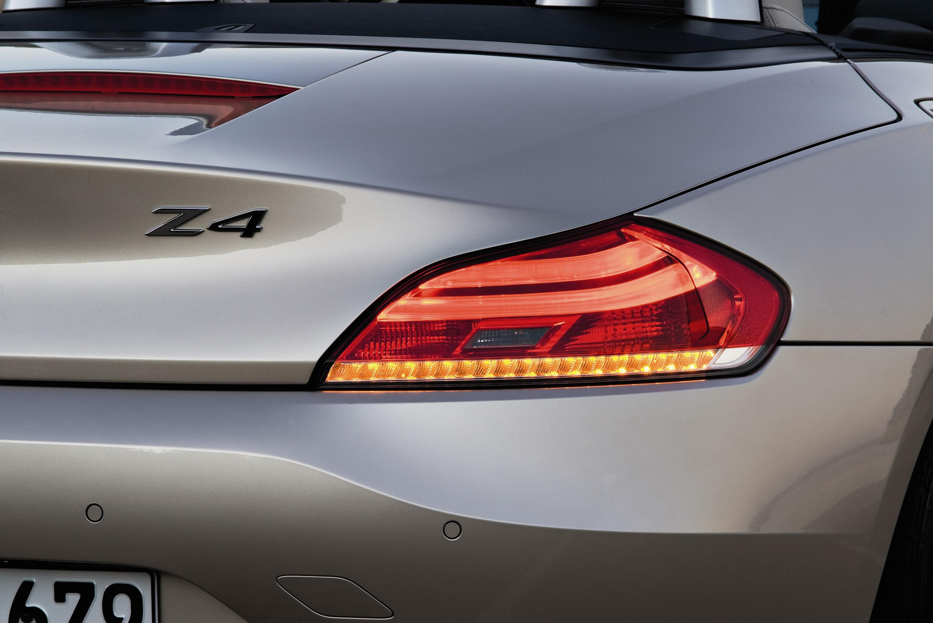 Новый 2010 Bmw Z4 Roadster - фотография №23