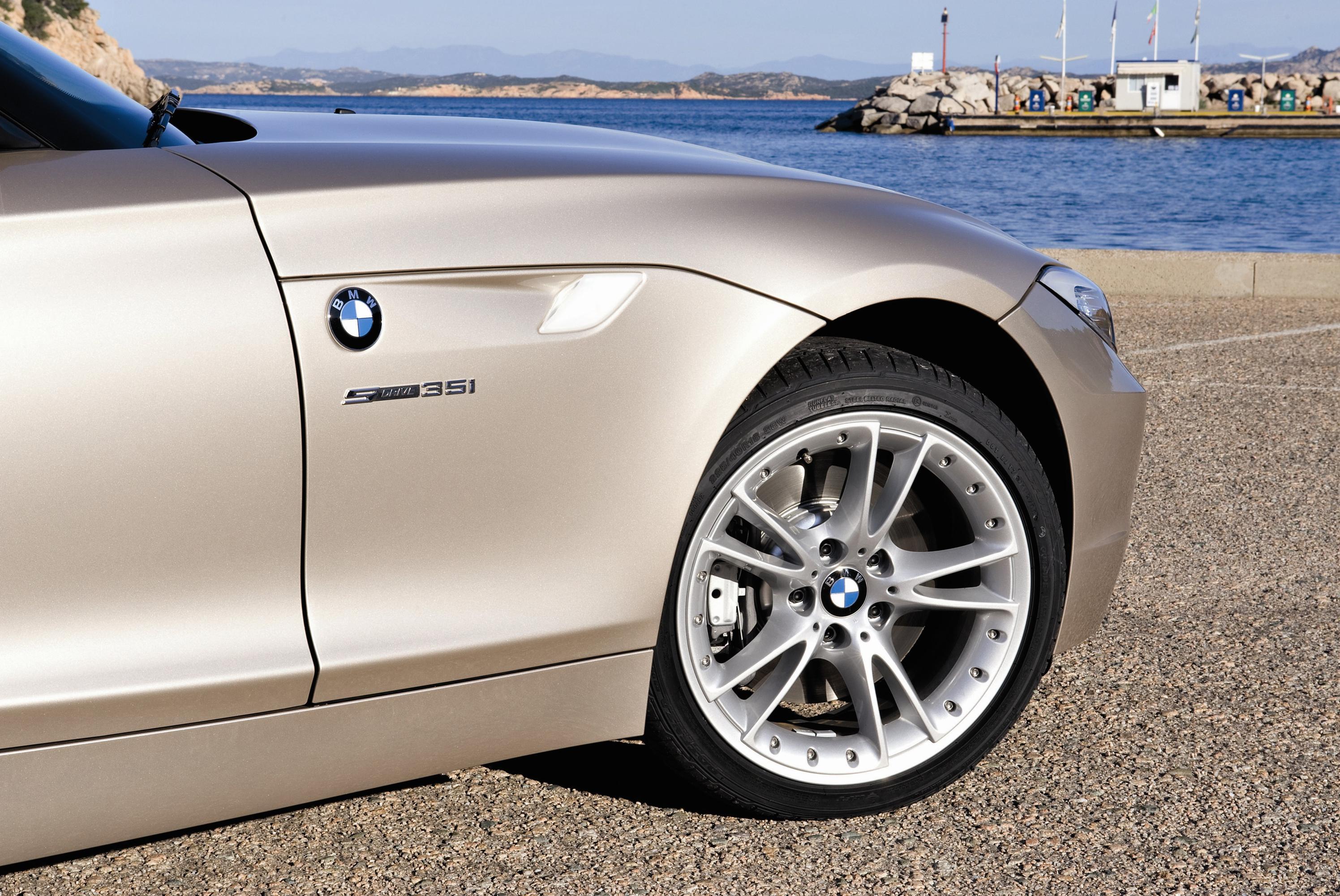 Новый 2010 Bmw Z4 Roadster - фотография №38