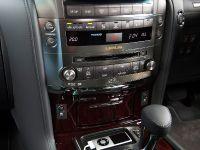 thumbs 2010 Lexus LX 570