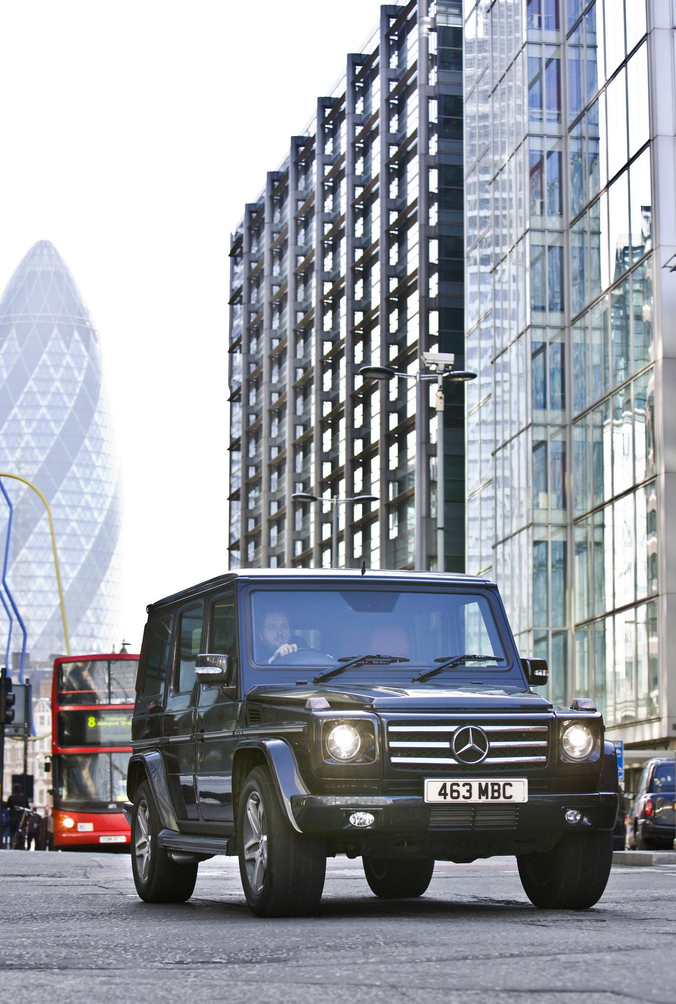 "Mercedes-Benz G-class вернулся на \""дорожку\"" - фотография №8"