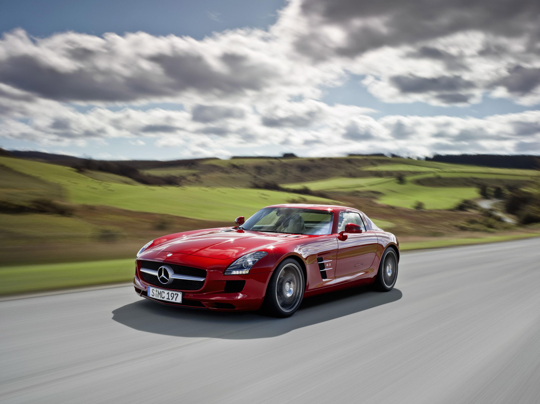 Mercedes-Benz SLS AMG - очень много красивых фотографий автомобиля в высоком разрешении - фотография №4