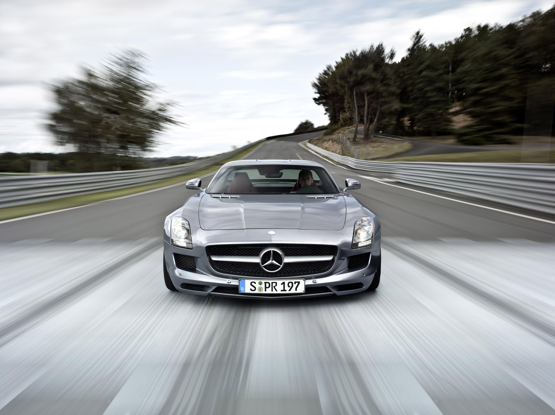 Mercedes-Benz SLS AMG - очень много красивых фотографий автомобиля в высоком разрешении - фотография №19