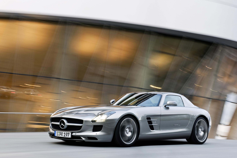 Mercedes-Benz SLS AMG - очень много красивых фотографий автомобиля в высоком разрешении - фотография №24