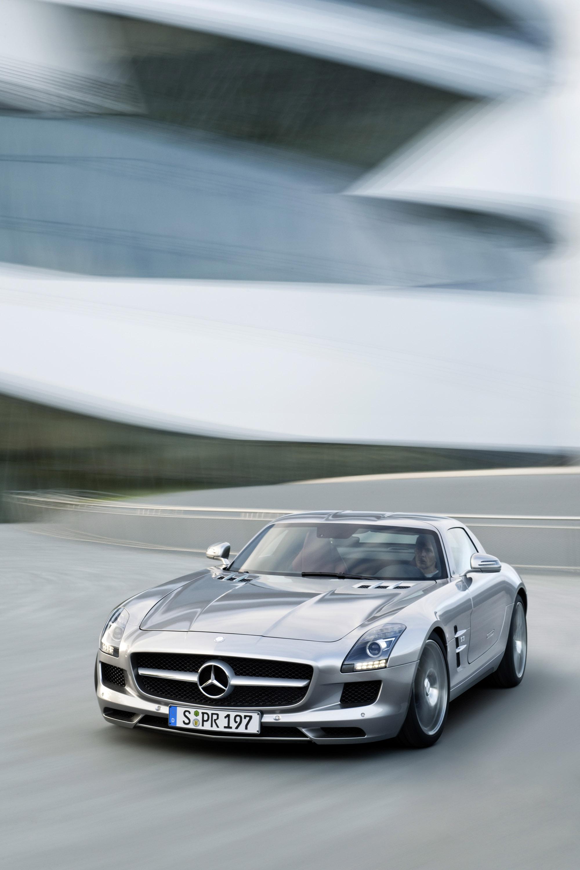 Mercedes-Benz SLS AMG - очень много красивых фотографий автомобиля в высоком разрешении - фотография №25
