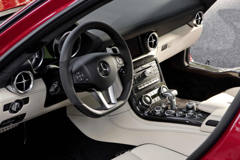 Mercedes-Benz SLS AMG - очень много красивых фотографий автомобиля в высоком разрешении - фотография №33