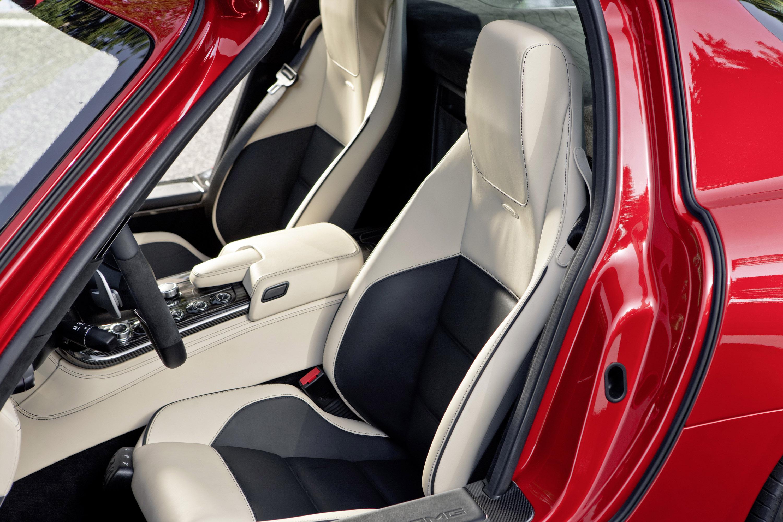 Mercedes-Benz SLS AMG - очень много красивых фотографий автомобиля в высоком разрешении - фотография №35