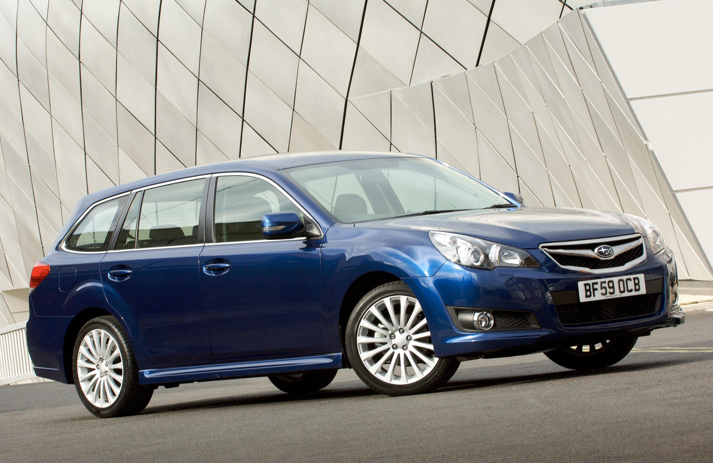 Все новые 2010 Subaru Legacy Tourer - фотография №5