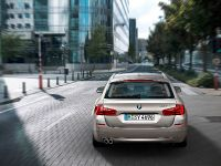 thumbs 2011 BMW 5 Series Touring