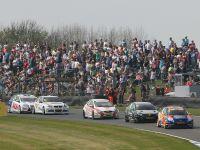 2011 Dunlop BTCC Donington Park round 2