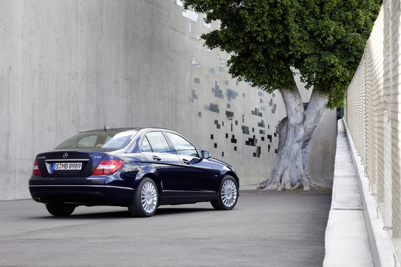2011 Mercedes-Benz C-Класс седан - фотография №4