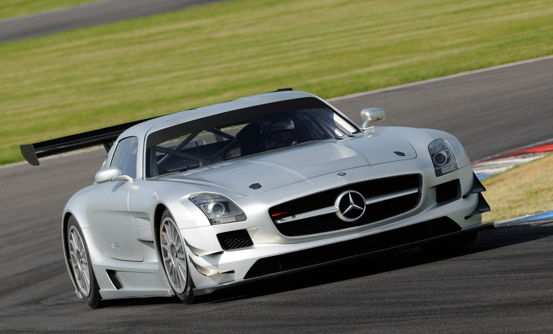 Mercedes-Benz SLS AMG GT3 хиты ипподроме в феврале 2011 года - фотография №2