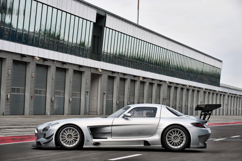 Mercedes-Benz SLS AMG GT3 хиты ипподроме в феврале 2011 года - фотография №7