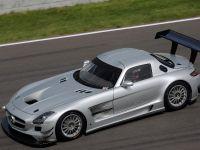 2011 Mercedes-Benz SLS AMG GT3 track testing