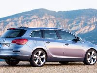 2011 Opel Astra Sports Tourer