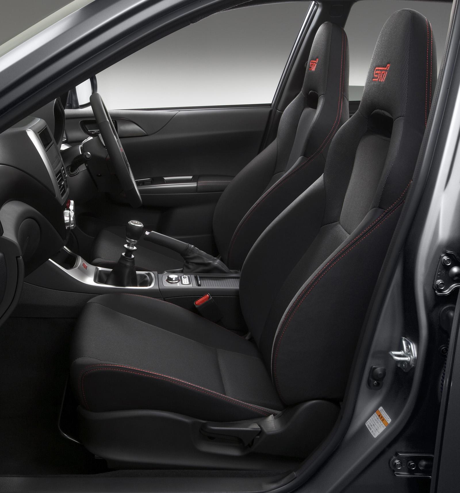2011 Subaru Impreza WRX STI Spec C - фотография №3