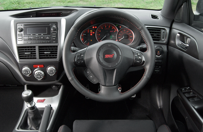 2011 Subaru Impreza WRX STI - цена и описание - фотография №16