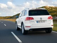 2011 Volkswagen Touareg R-Line