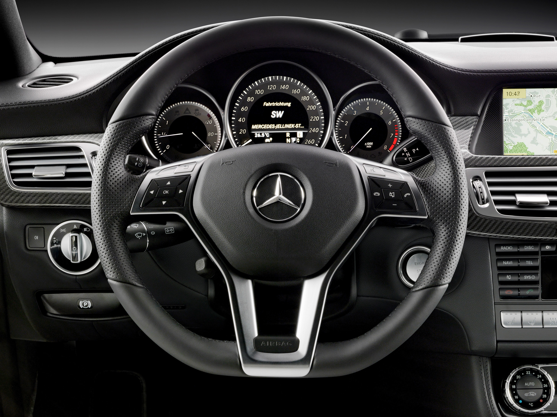 2012 Mercedes-Benz CLS забастовки впереди Париж 2010 - фотография №17