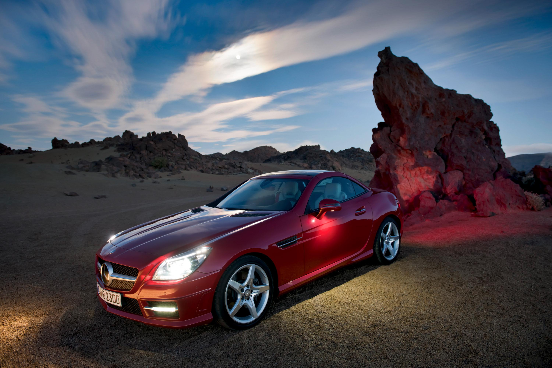 2012 Mercedes-Benz SLK Roadster - фотография №10