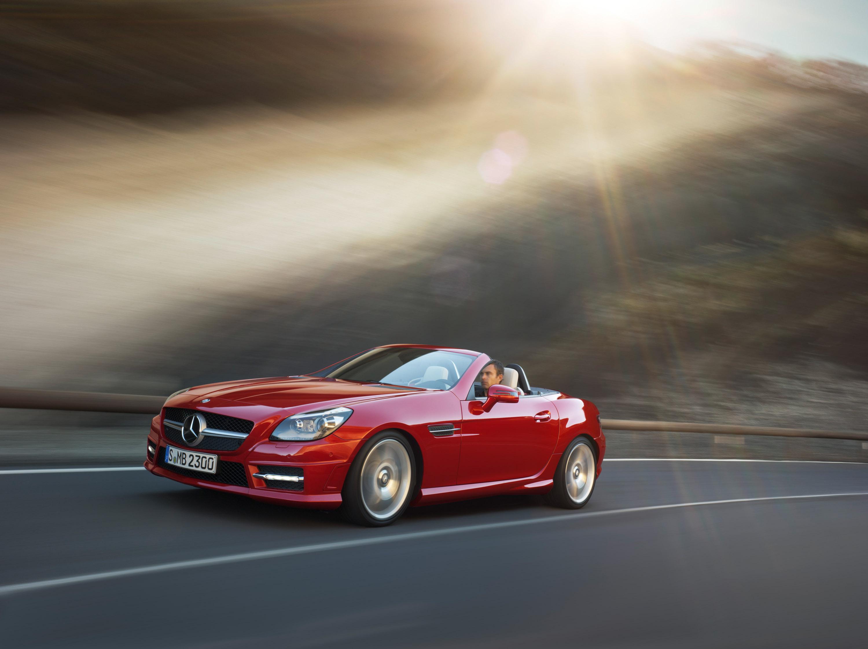 2012 Mercedes-Benz SLK Roadster - фотография №15