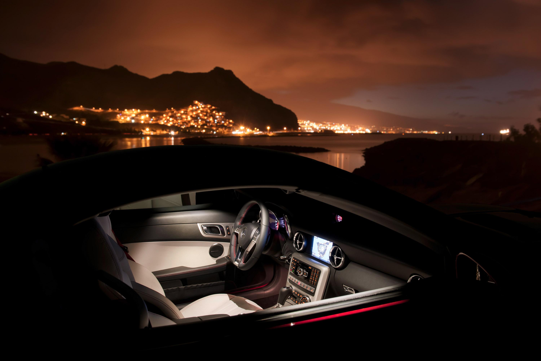2012 Mercedes-Benz SLK Roadster - фотография №17