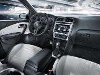 2012 Volkswagen CrossPolo Urban White