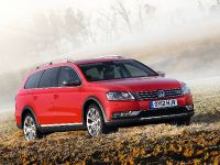 2012 Volkswagen Passat Alltrack UK