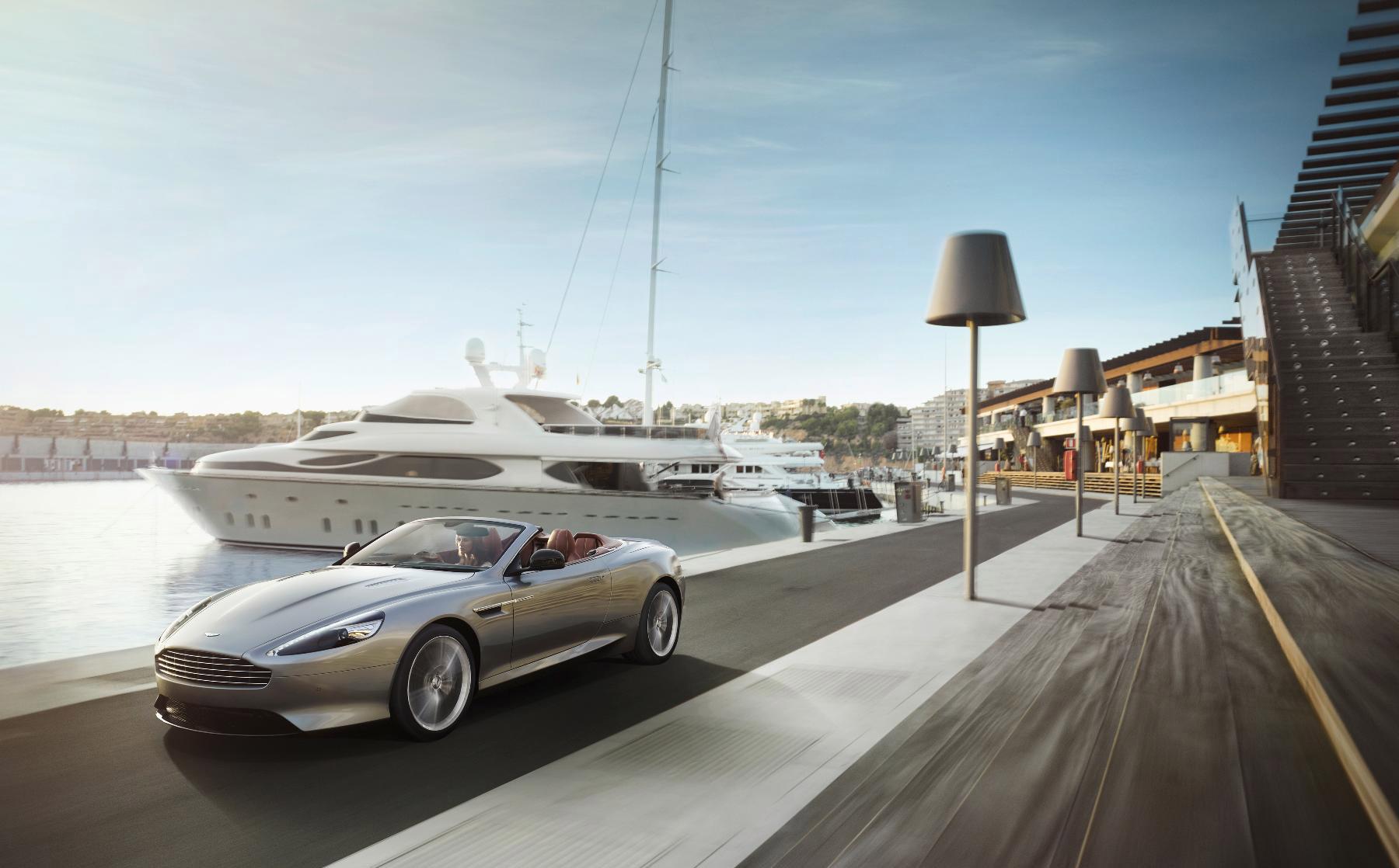 Фото машины и яхты