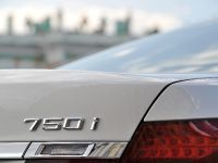 thumbs 2013 BMW 7 Series