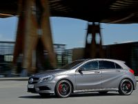 2013 Mercedes-Benz A 45 AMG UK