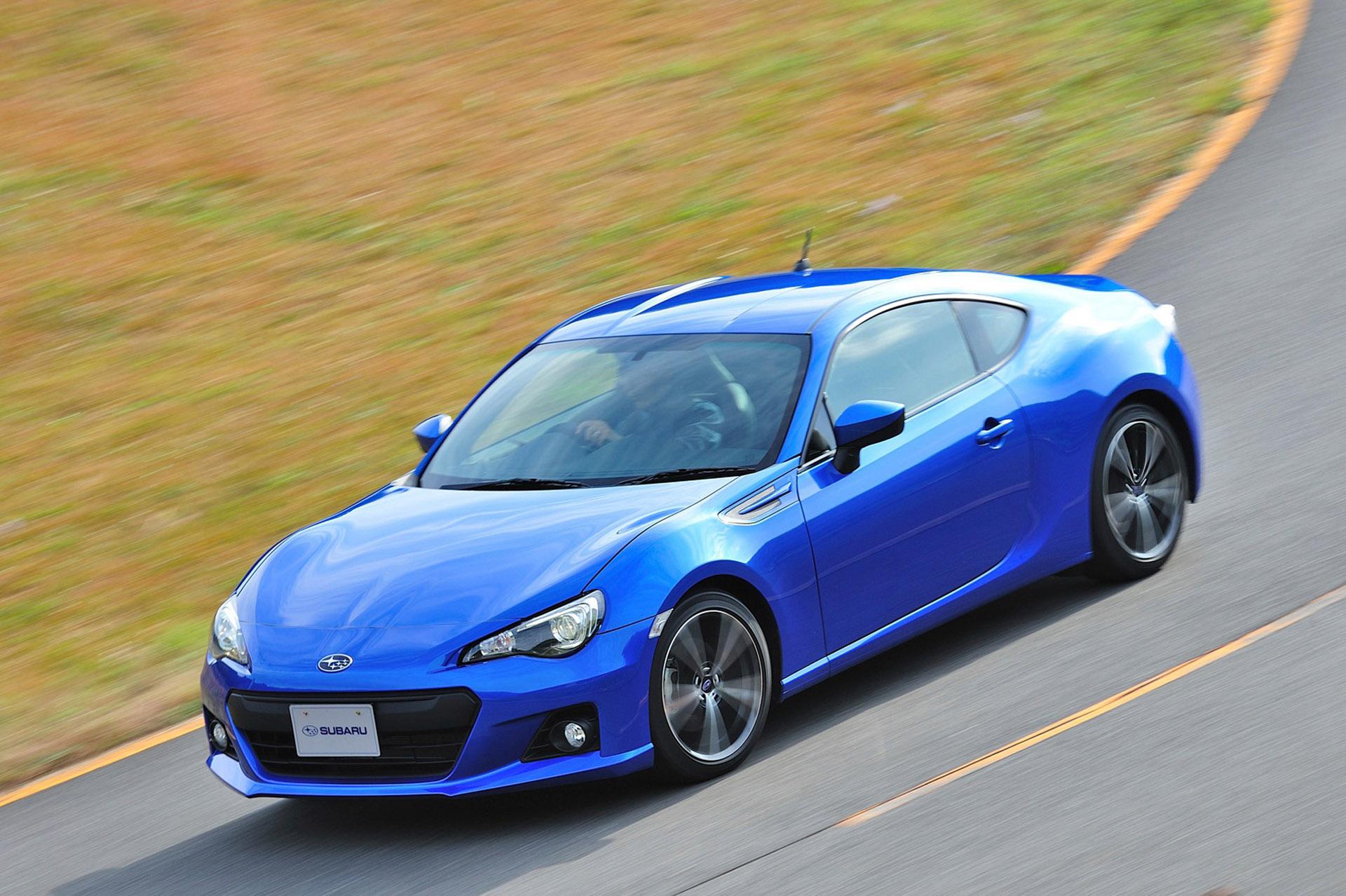 Subaru BRZ 2013 справиться как никто другой? - фотография №11