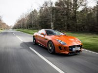 2014 Jaguar F-TYPE R Coupe