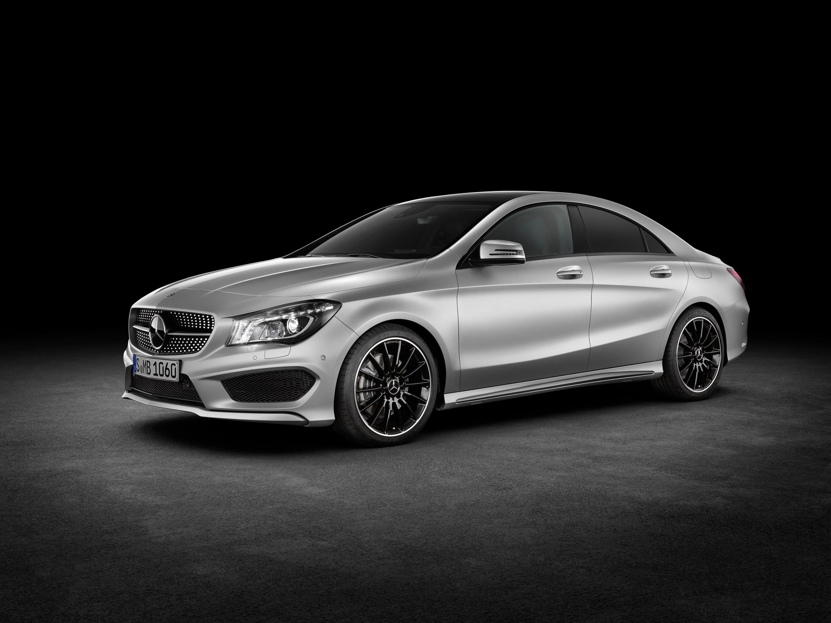 Mercedes-Benz CLA готовится к 2015 году, с большим количеством функций  - фотография №1
