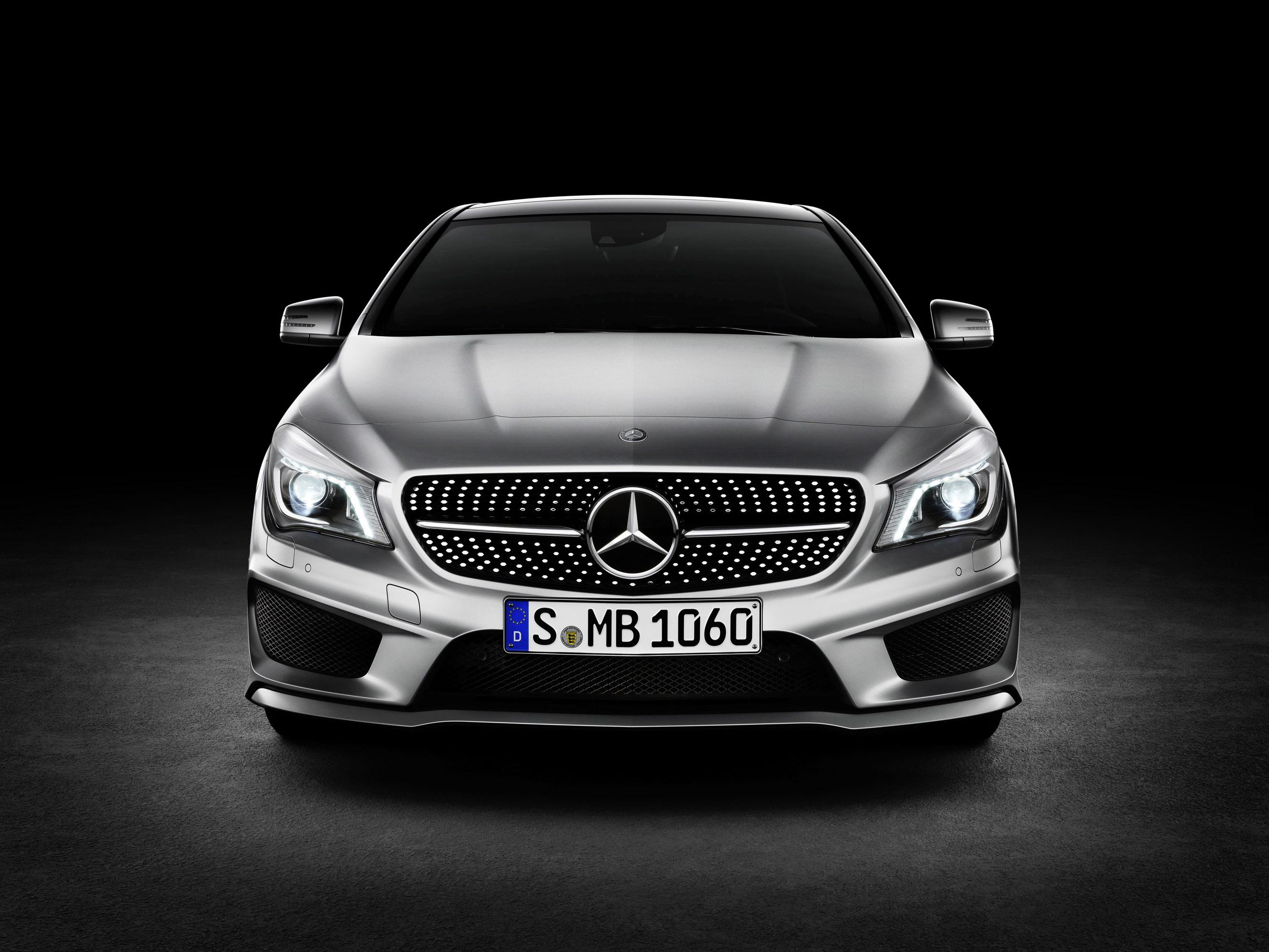 Mercedes-Benz CLA готовится к 2015 году, с большим количеством функций  - фотография №3