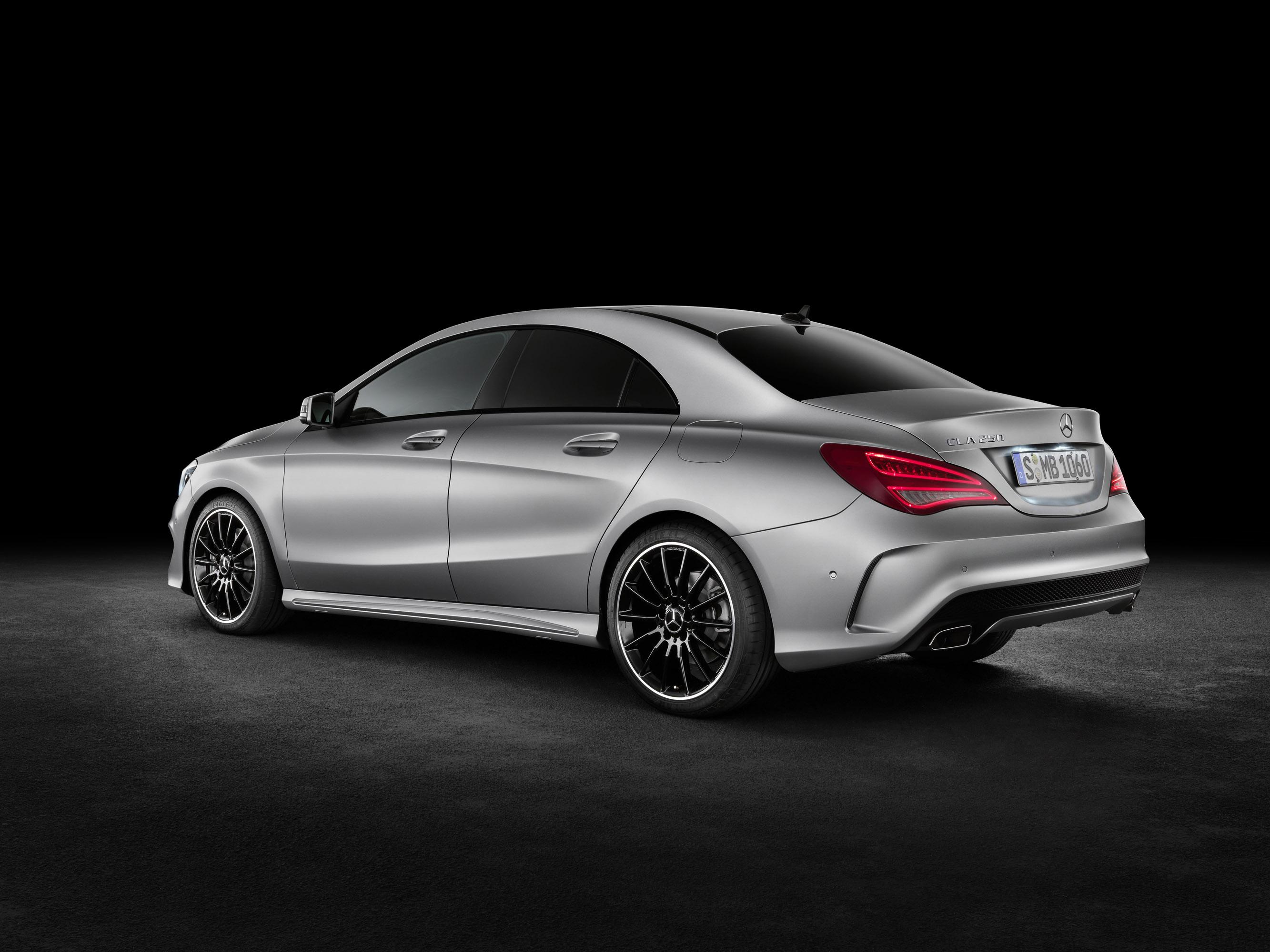 Mercedes-Benz CLA готовится к 2015 году, с большим количеством функций  - фотография №4