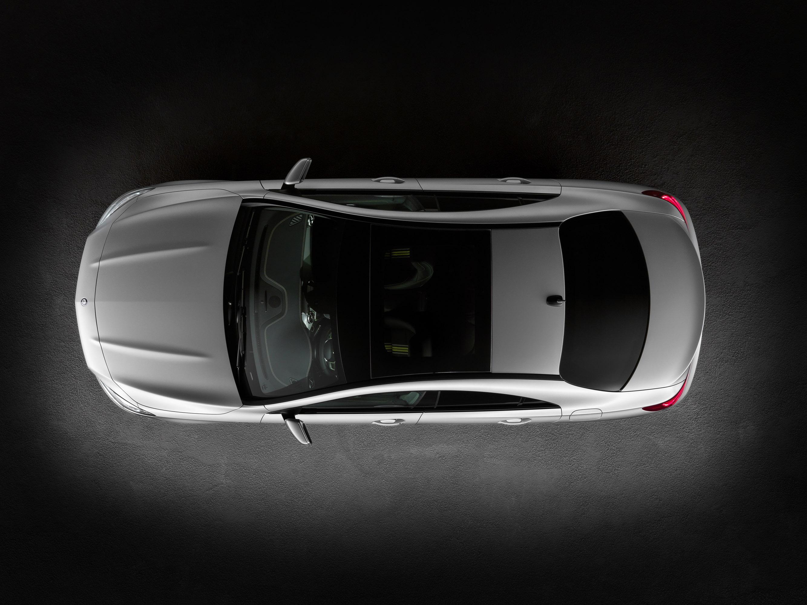 Mercedes-Benz CLA готовится к 2015 году, с большим количеством функций  - фотография №6