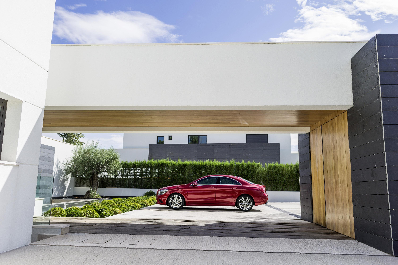 Mercedes-Benz CLA готовится к 2015 году, с большим количеством функций  - фотография №10