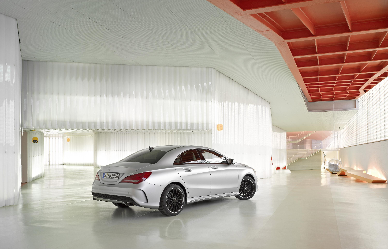 Mercedes-Benz CLA готовится к 2015 году, с большим количеством функций  - фотография №16