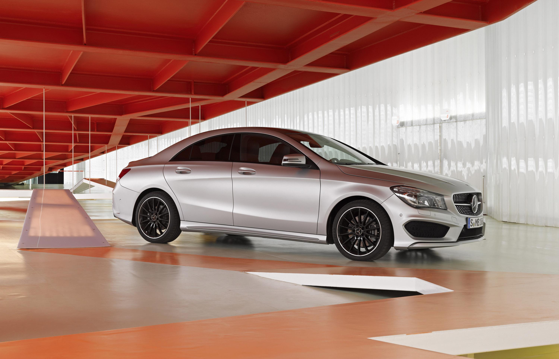 Mercedes-Benz CLA готовится к 2015 году, с большим количеством функций  - фотография №17