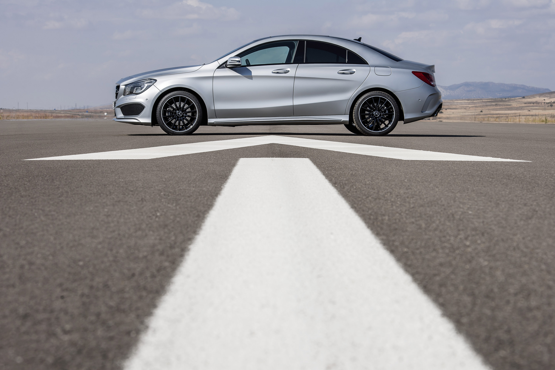 Mercedes-Benz CLA готовится к 2015 году, с большим количеством функций  - фотография №23